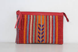 the orient bazaar cream color kilim clutch bag with modern design