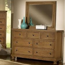 Vaughan Bassett Dresser With Mirror by Vaughan Bassett Dresser Mirrors Reflections 550 446 Mirror From