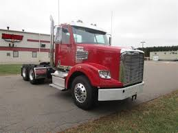 2018 FREIGHTLINER 122SD - Truck Country