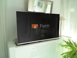 tv möbel mit schwenkbarem flatlift fernseh lift tv lift