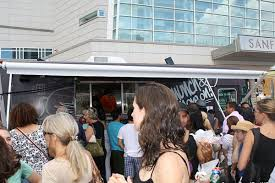 What To Do When You're Expecting A Food Truck - Eater Miami Food Truck Finder Services Manufacture Buy Sell Trucks How To Decide Between A And Trailer Apex Lego Custom Moc Nation Set Unbox Build Time Lapse Building Fabrication Industrial Kansas City Pizza Franchisee Uses Food Truck Build Brand Why Hire Prime Design Your Gourmet Kitchen Or 10 Best In The Us To Visit On National Day Custom Food Trucks Dura Stainless Sheet Metal Builders Group Episode 2 We
