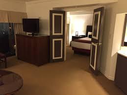 Mandalay Bay 2 Bedroom Suite by Harrahs Las Vegas Hotel Room Upgrades U0026 Discounts