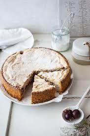 stachelbeer baiser kuchen mit mandeln rezept hey foodsister