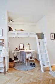 chambre mezzanine enfant un lit mezzanine pour gagner de la place joli place