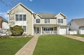 100 Houses For Sale Merrick N New York Homes For