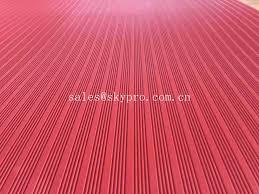 Fluted Red Green Black SBR Thin Rubber Mats NBR Flooring