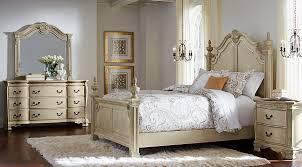 Cortinella Cream 5 Pc Queen Poster Bedroom Queen Bedroom Sets