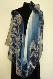 silk scarves will make your the winter fun and beautiful silk
