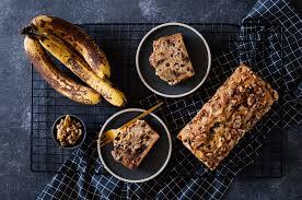 veganes simples bananenbrot mit walnüssen schokolade