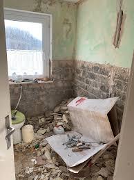 bad renovieren wände verputzen putz