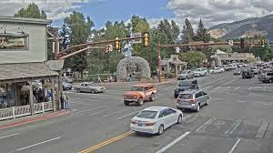 100 Wyoming Trucks And Cars Why Are So Many People Watching This Live Stream Of Traffic