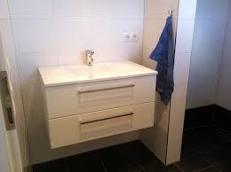 der waschtisch hängt jetzt wird gebaut bautagebuch