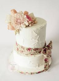 This Cake Was Covered In Royal Icing With A Rustic Finish Adorned Sugar Flower Arrangement Of Cafe Au Lait Dahlia Renee Macintosh Roses