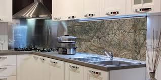 küchenrückwand aus glas mit eigenem motiv kaufen