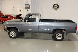 1977 CHEVROLET TRUCK CAMPER SPECIAL 3/4 TON LONGBED 4x4 FLEETSIDE ... 1976 1977 81979 Ck 2500 C3500 Ck1500 Crew Cab Chevy Truck 33 Pickup Chevy Old Photos Collection All Truck Interior Boplansus Cheyenne Cars Pinterest Gmc Trucks Wheels And Theres Not Much Difference Between 197387 C10 Interiors Chevrolet Shortbed Stepside 1500 12 Ton For K10 Restore Car Brochures 8 Bed 4x4 77 Plow Ladder Custom Deluxe Id 22542 Sweet Silverado K20 Suburban