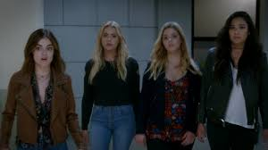 Pll Halloween Special 2014 Online by Watch U0027pretty Little Liars U0027 First Minute Of Spring Premiere