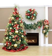 Red Living Room Ideas 2015 by Living Room Christmas Decorations 2015 Royal Red And Gold Tree