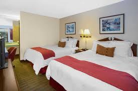 Machine Shed Northwest Boulevard Davenport Ia by Days Inn Davenport Ia Davenport Hotels Ia 52806