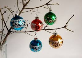 Vintage Glass Ornaments With Mica Design Find This Pin And More On Christmas Decorating Ideas