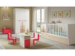 coin bébé dans chambre parents amenager un coin bebe dans la chambre des parents bebe dans chambre