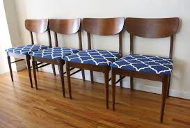 Mid Century Modern Dining Chairs | Picked Vintage Jett Modern Blue Fabric Ding Chair Set Of 2 Walker Edison Fniture Company 5piece White Chairs At Contemporary Warehouse Edloe Finch Jessica In Whosale Supplier Uk Manchester Supplies Armen Living Urbino Grey Glass Metal Navy Room Upholstered Living Modern In Washington Dc Nbaynadamas And Interior Fran Walnut Lassan 4 Ebay Minimalist Mid Century Modern Inspired Ding Room Decor With Blue