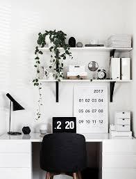 Best 25 Minimalist desk ideas on Pinterest