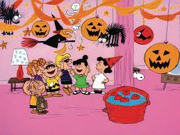 Snoopy Halloween Pumpkin Carving by Photos It U0027s The Great Pumpkin Charlie Brown Is Back Peanuts