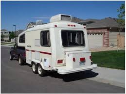 Meet A 30 Year Old Small Fifth Wheel Camper Who Goes By Quantum 5 5th Trailers