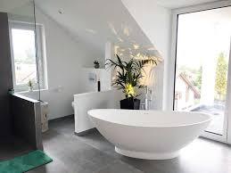 freistehende badewanne como aus mineralguss weiß matt oder