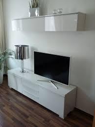 besta tv und hängebord weiß hochglanz