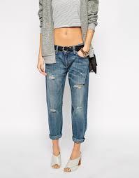 how should boyfriend jeans fit jeans to