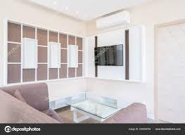 fernseher im luxushaus oder wohndesign im wohnzimmer