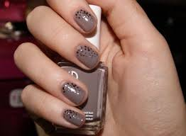 Grey Nail Designs To Try This Winter — The Home Design