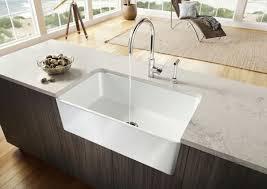 spülen für die küche weiß einrichtung holz oberflächen liege