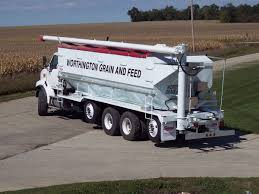 100 Feed Truck ST Series