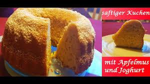 saftiger kuchen mit apfelmus und joghurt gugelhupf