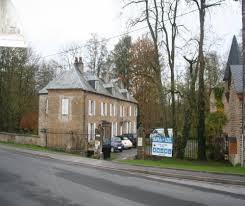 chambres d hotes ardennes le petit château vaste parc aux arbres à lonny