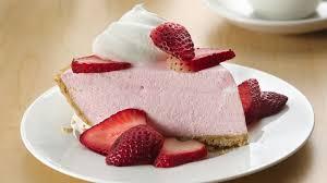 No Bake Creamy Strawberry Pie