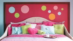 les chambre d une tête en smarties dans la chambre d enfant chez soi