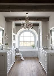 Chandelier Over Bathtub Soaking Tub by Best 25 Chandelier In Bathroom Ideas On Pinterest Showers