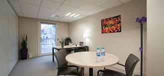 sur bureau workspace coworking in neuilly