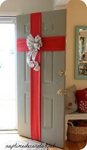 Unique Christmas Office Door Decorating Idea by 25 Unique Easy Christmas Decorations Ideas On Pinterest