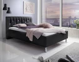 luxus designer lederbett polsterbett rimini leder bett schwarz mit swarovski kristallen im kopfteil doppelbett