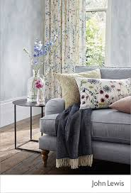 Grey And Purple Living Room by Best 25 Grey Sofas Ideas On Pinterest Grey Sofa Decor Lounge