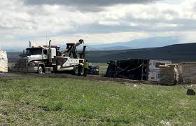 100 Semi Tow Truck Heavy Duty Ing Fenns Ing LLC La Grande Oregon