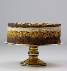 vegane snickers torte vegan snickers cake nomnom by