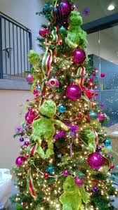 Whoville Christmas Tree by 59 Best All Things Grinch Images On Pinterest Artificial Tree