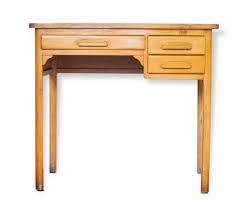 petit bureau en bois petit bureau forbo mes petites puces