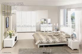 chambre avec meuble blanc excellente magasin meuble viagraro cuisine