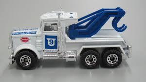 100 Toy Peterbilt Trucks Matchbox Truck Tow Truck Wreck Truck M9 Police